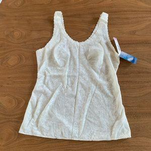 NWT Cabernet Ultra Lite camisole size M